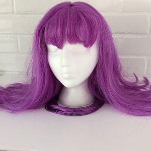 Purple wig/purple necklace